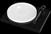Project X1 turntable with Ortofon Quintet blue cartridge